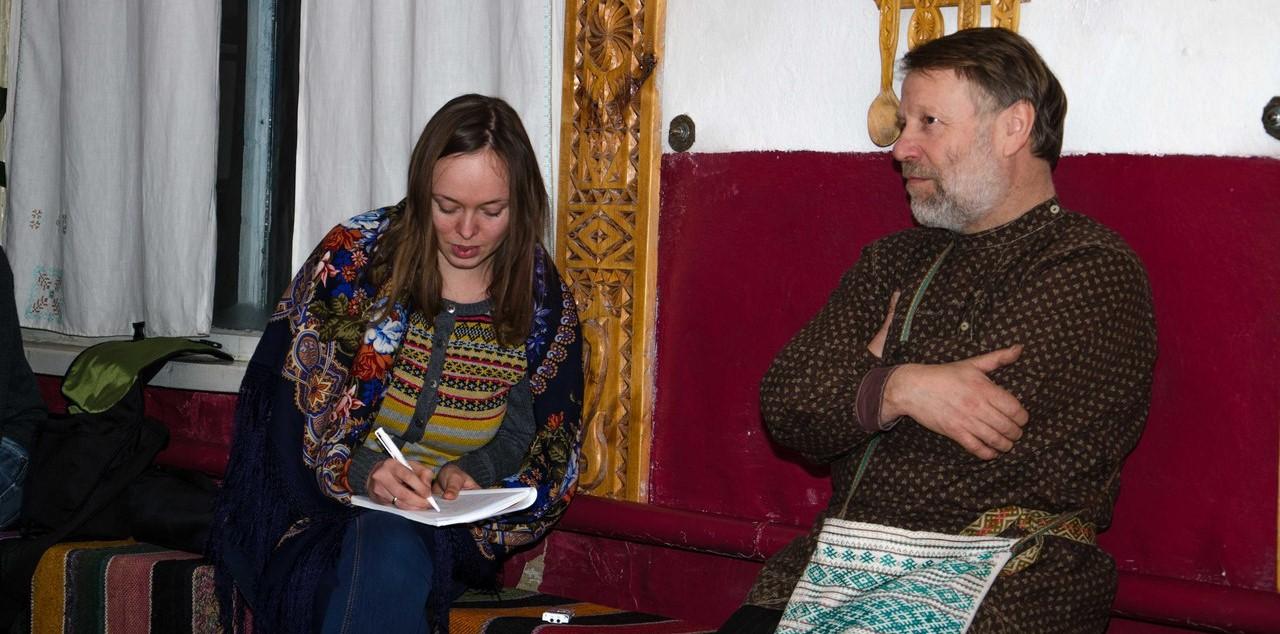 Чарышский район, 2014 г. И.Ю. Аксенова, директор дома народных традиций А.В. Головин.